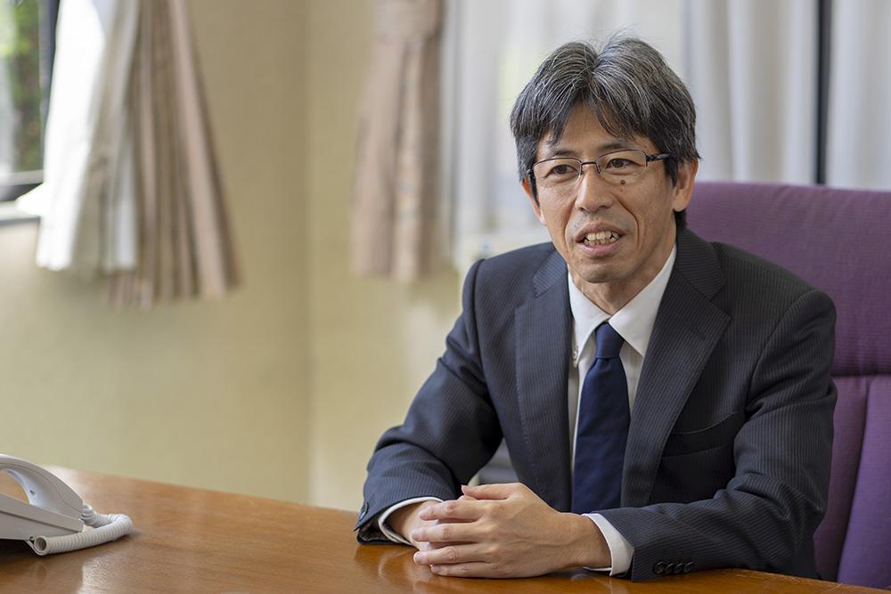 代表取締役社長 松山中成